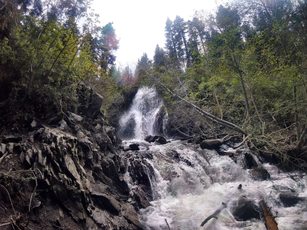 Hunter Creek Waterfall